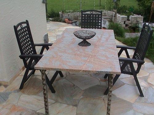 Steintische granitplatten vorarlberg for Gartentisch granitplatte